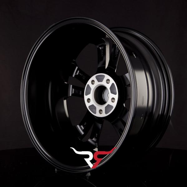 https://www1.tyre24.com/images_ts/alloy/v3/1602/5/17-3d-w600-h600-br0-1818910114.jpg